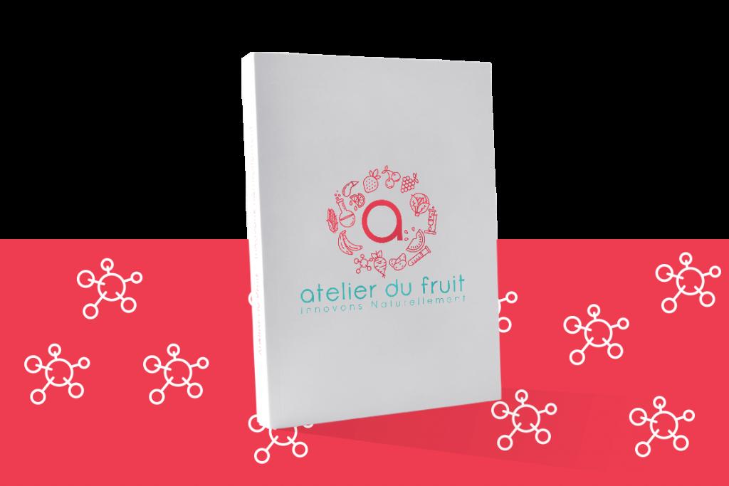 Livre avec le logo Atelier du Fruit